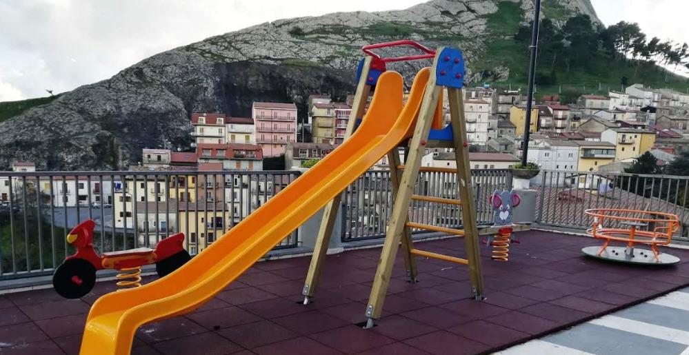 Troina – Nuovi arredi urbani per una città a misura di bambino