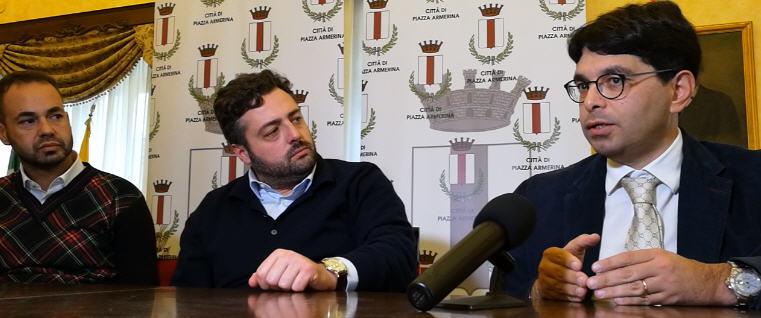 [VIDEO] Un notaio milanese adotta una angolo di Piazza Armerina