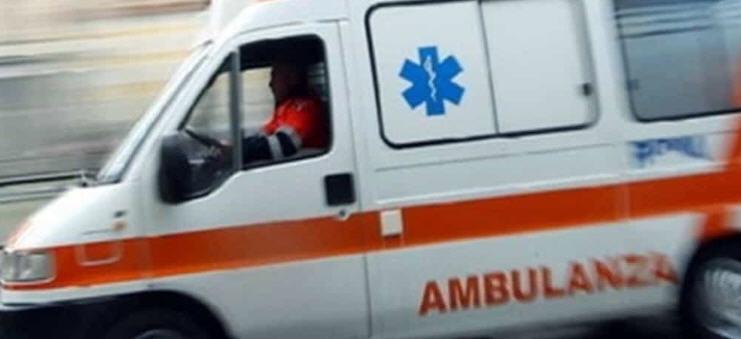 L'auto si ribalta, muore un giovane sulla 117 bis in prossimità di Pasquasia