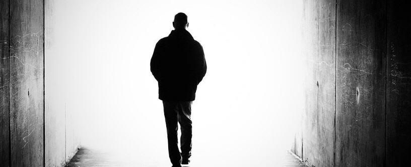 Leonforte: cinquantenne tenta il suicidio, ma la Polizia di Stato arriva in tempo e lo salva.