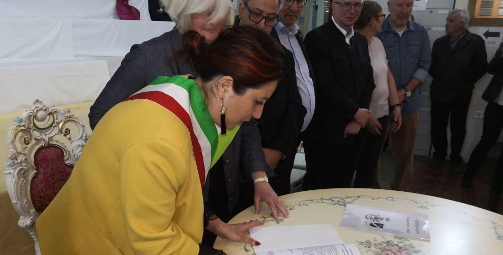 Valguarnera – Avviata la procedura per il gemellaggio con la cittadina tedesca di Kusel [Foto]