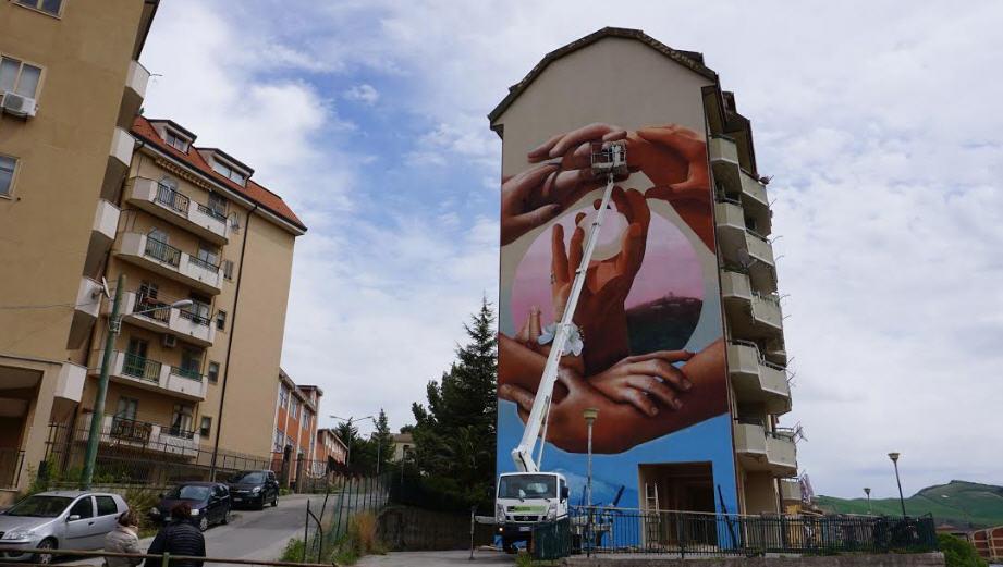 Be Gioviale – Anche ad Enna un Murale dedicato a Giovanni Bonaventura
