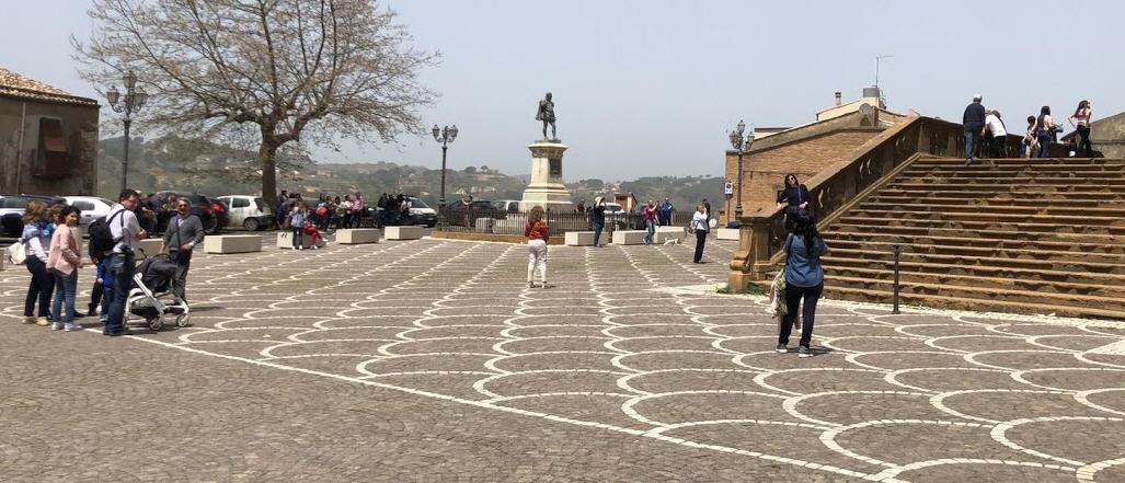 Piazza Armerina – Cattedrale chiusa: le proteste dei turisti.