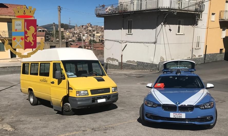 La polizia controlla gli scuolabus di Valguarnera: verbali per 1.500 euro