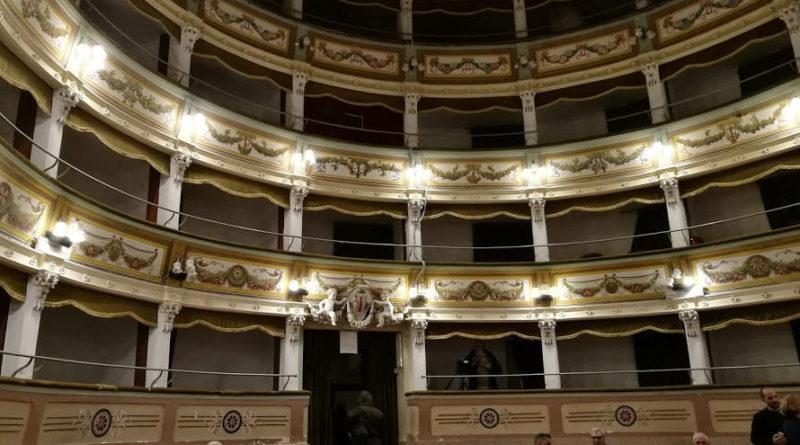 """Teatro – """"E' un problema di famiglia"""", Federica e Turi Amore questa sera al Garibaldi di Piazza Armerina"""