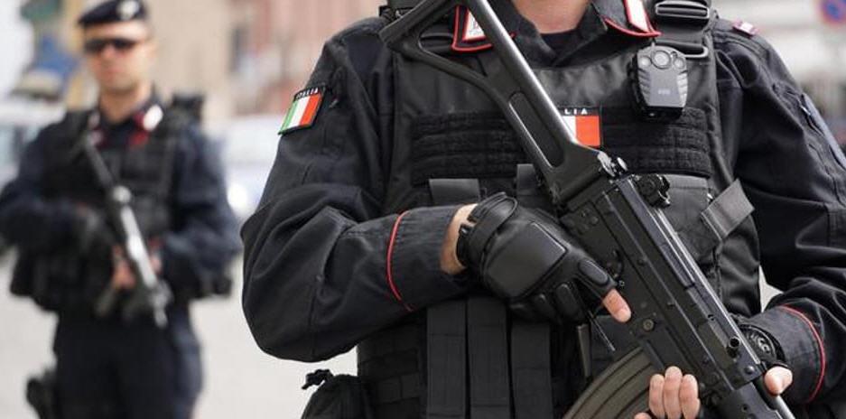 Controllo del Territorio: incessante l'opera dei Carabinieri contro l'illegalità. A Piazza Armerina giovane motociclista denunciato.