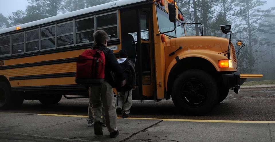 Sicurezza trasporto scolastico: continuano i controlli della Polizia Stradale di Enna.
