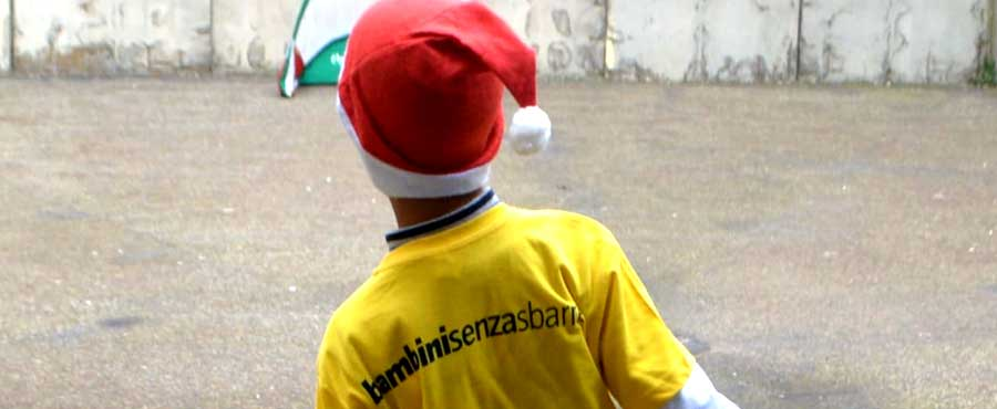 Carcere circondariale di Piazza Armerina: papà detenuti e figli giocano a calcio