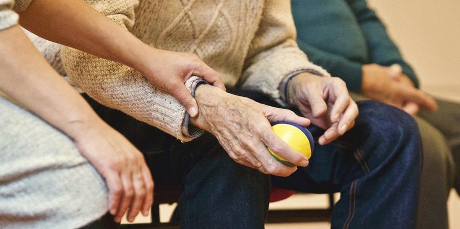 Piazza Armerina – Prosegue l'assistenza domiciliare integrata per anziani non autosufficienti.