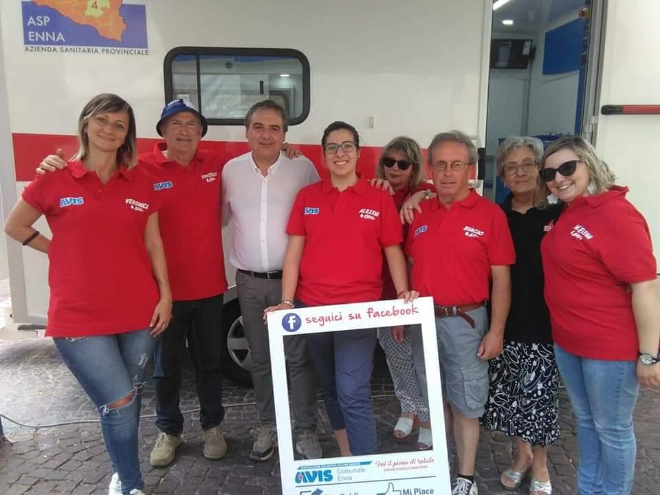 Avis Enna: donazioni in totale sicurezza sull' Autoemoteca.