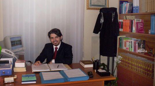 """Un intervento dell'avvocato Chiricosta: """"Non curerò per scelta cause contro medici e ospedali""""."""