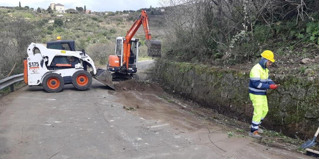 Al via risanamento delle sp Piazza Armerina-Mirabella e Mirabella-San Cono