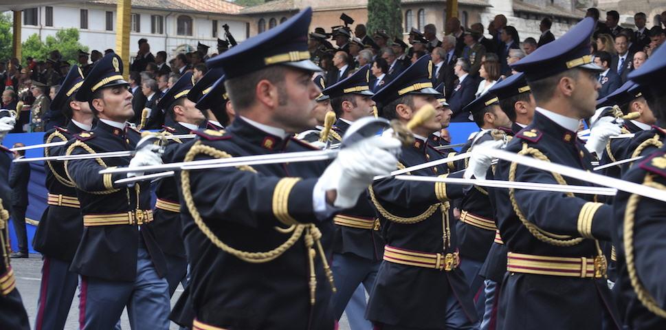 Il 10 aprile ricorre il 168° Anniversario della Fondazione della Polizia di Stato.