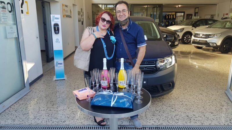 Piazza Armerina – Quando la fortuna ci vede benissimo. Consegnata l'auto al vincitore del concorso MAXICAR