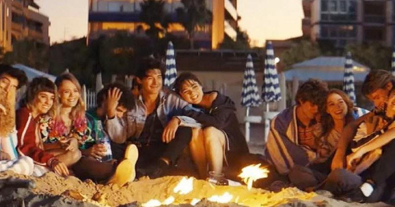 """In arrivo il primo luglio su Netflix , """"Sotto il sole di Riccione"""", il nuovo film di Carlo Vanzina"""
