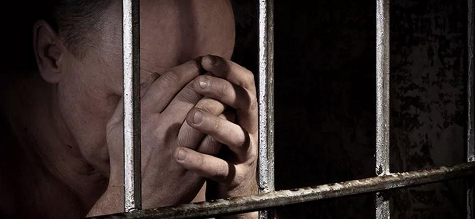 Piazza Armerina – Tenta il suicidio in cella, salvato dagli agenti penitenziari.