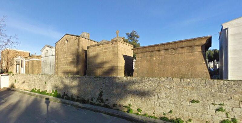 Piazza Armerina – Commemorazione dei defunti: necessario contingentare gli ingressi al cimitero.