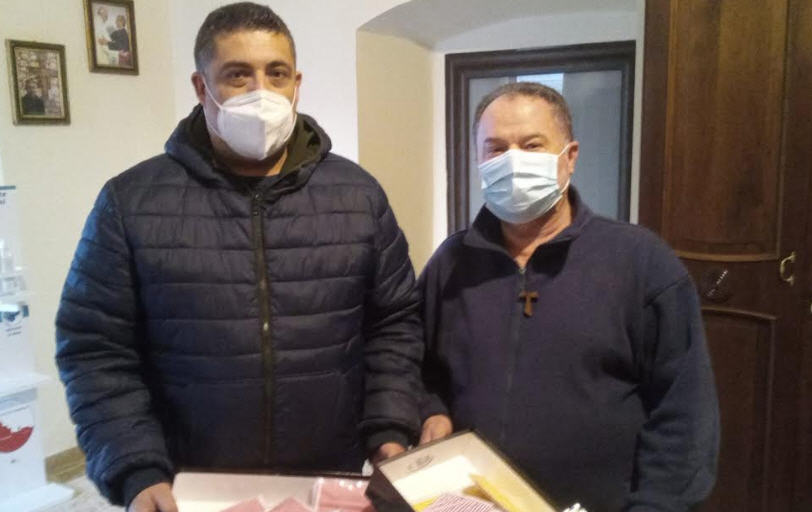 Confartigianato Imprese Enna dona mascherine colorate alla Parrocchia di Montesalvo