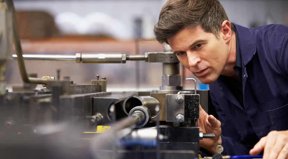 Industria e sicurezza: come procedere all'analisi e la valutazione dei rischi delle macchine