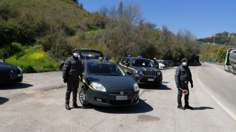 Guardia di Finanza: arrestata giovane ennese trovata in possesso di oltre un chilogrammo di marijuana.